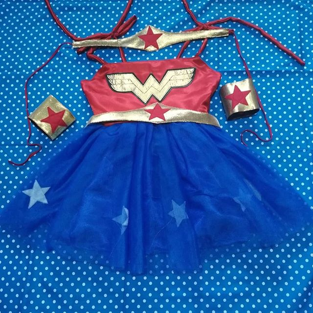 Kostum Wonder Woman